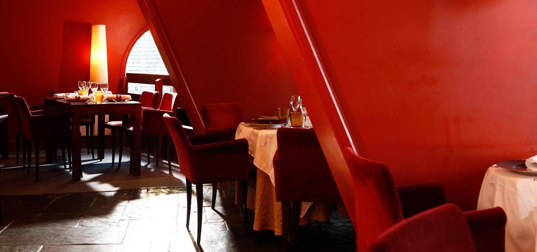 restaurant enfants terribles hotel des dromonts avoriaz. Black Bedroom Furniture Sets. Home Design Ideas