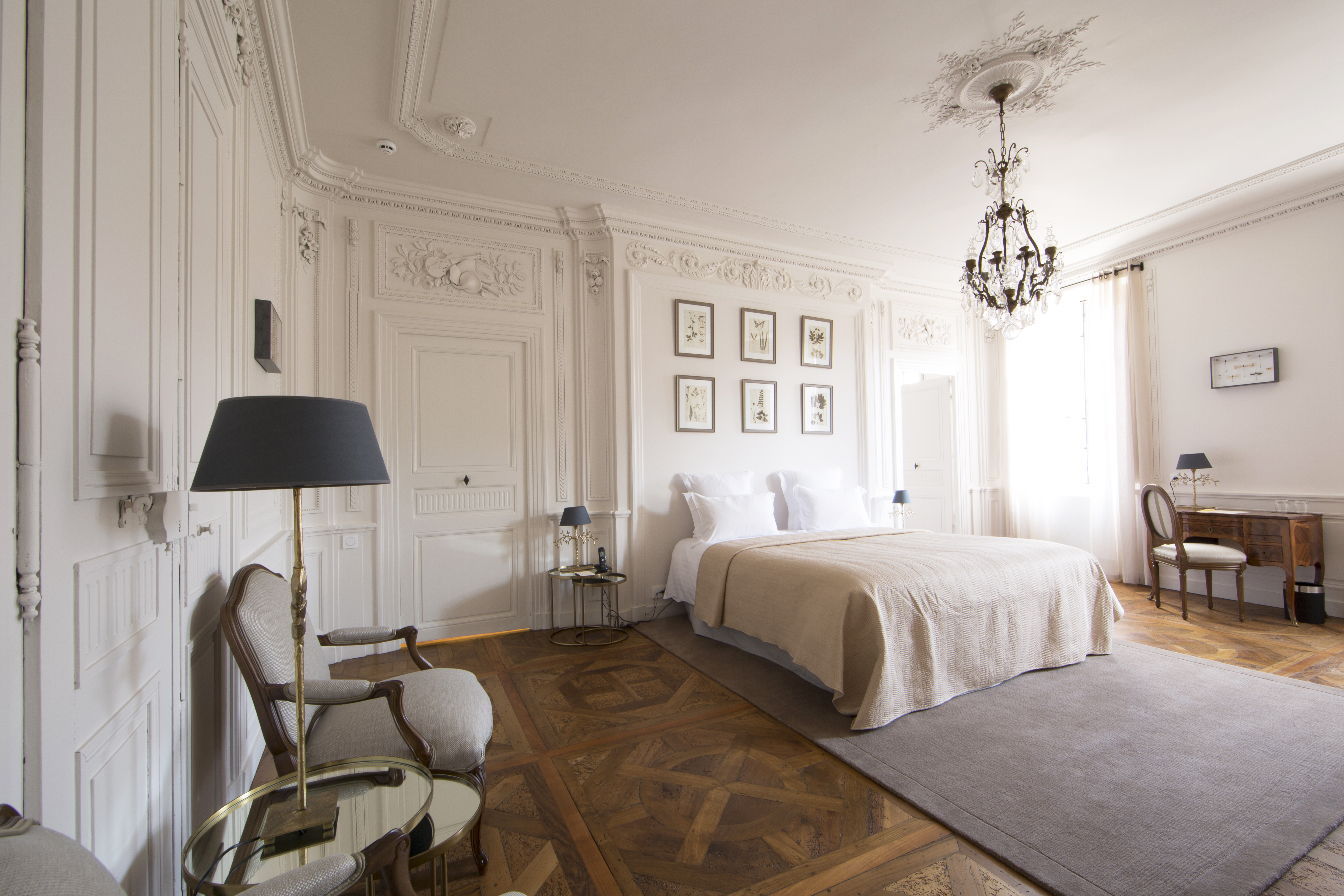 Hotel de la villeon a newly opened boutique hotel in the for Boutique hotels france